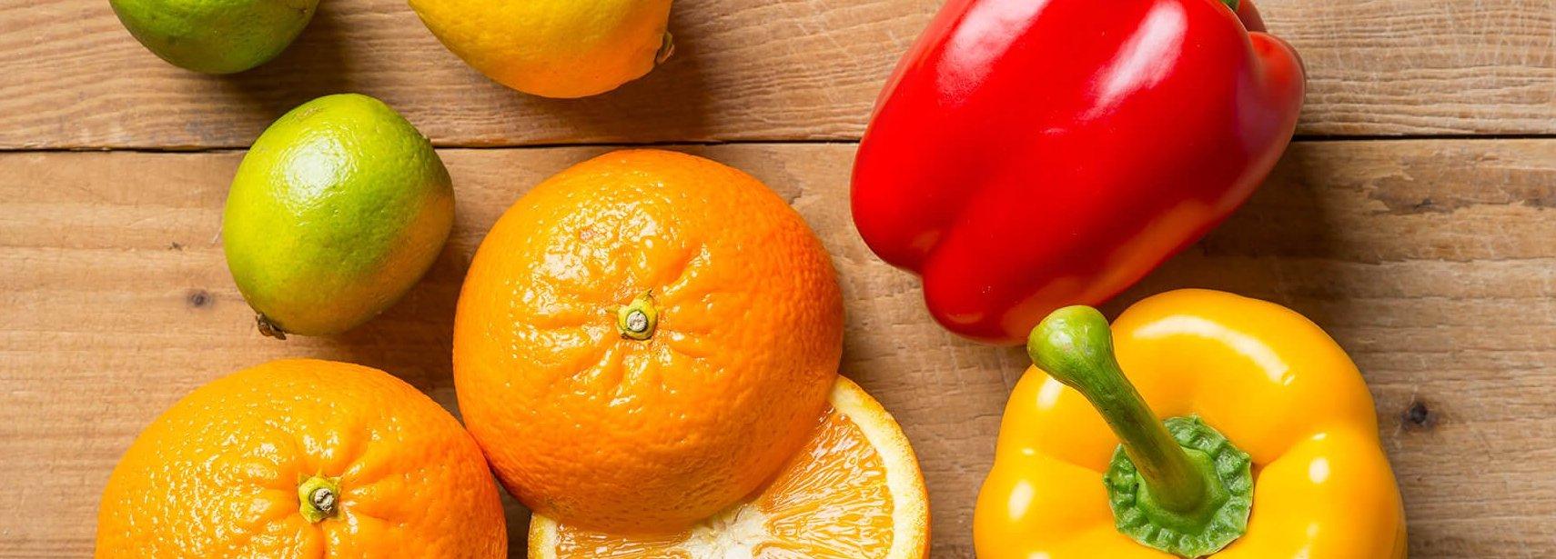 Paprika's, sinaasappels en limoen